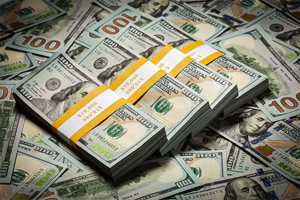 An immediate cash advance is a benefit of invoice factoring
